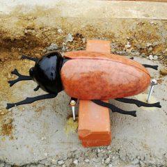 곤충 조형물