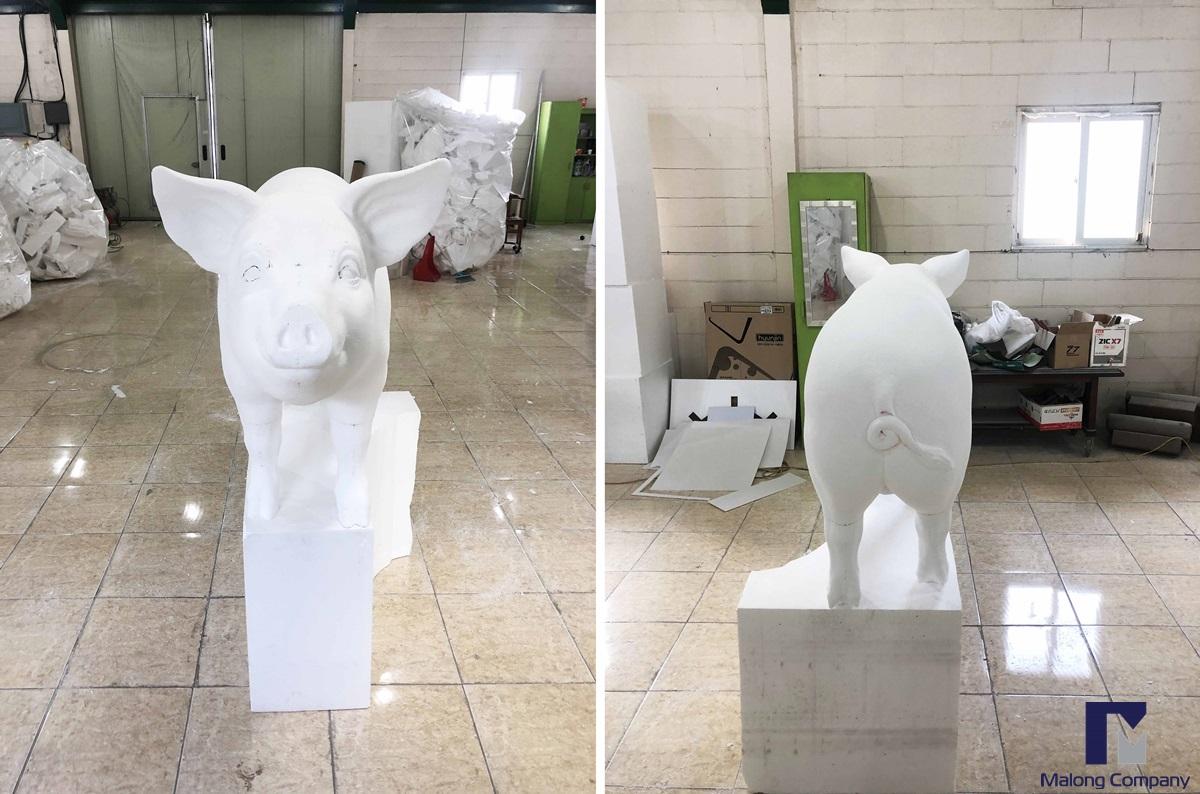 [동물조형물] 황금 돼지 조형물 포토존 조형물 FRP 조형물 제작 사례